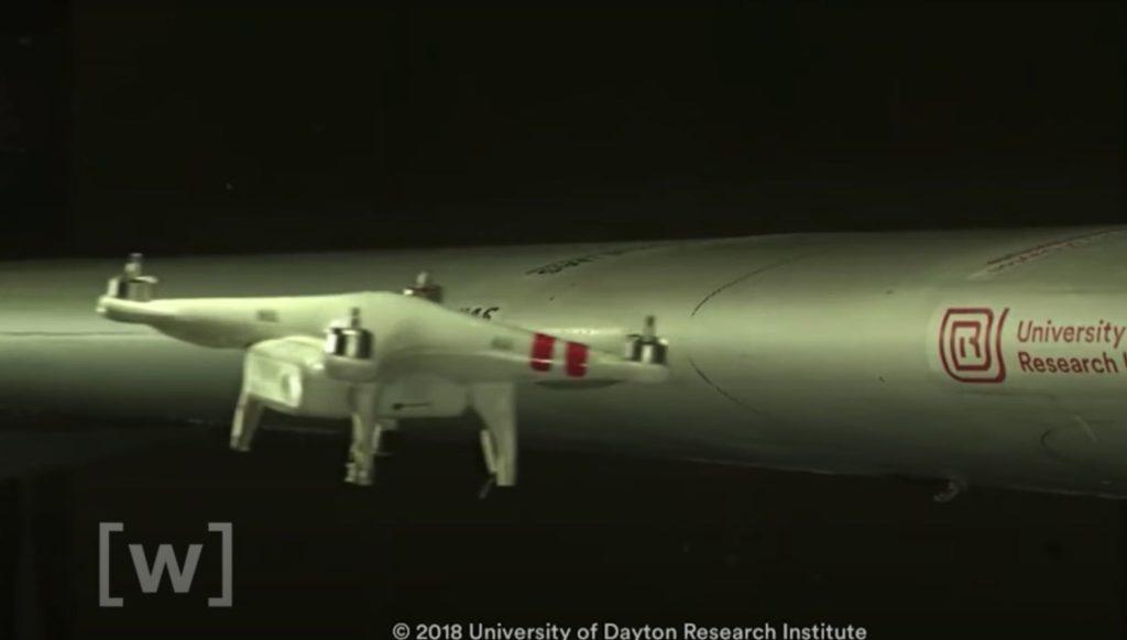 Drohnen Kollision Flugzeug Tragfläche